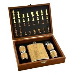 Set cadou pentru barbati, plosca si 4 pahare + set sah